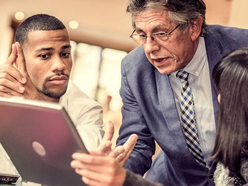 مدیریت کارمندان سخت - رعایت نظم کارمندان