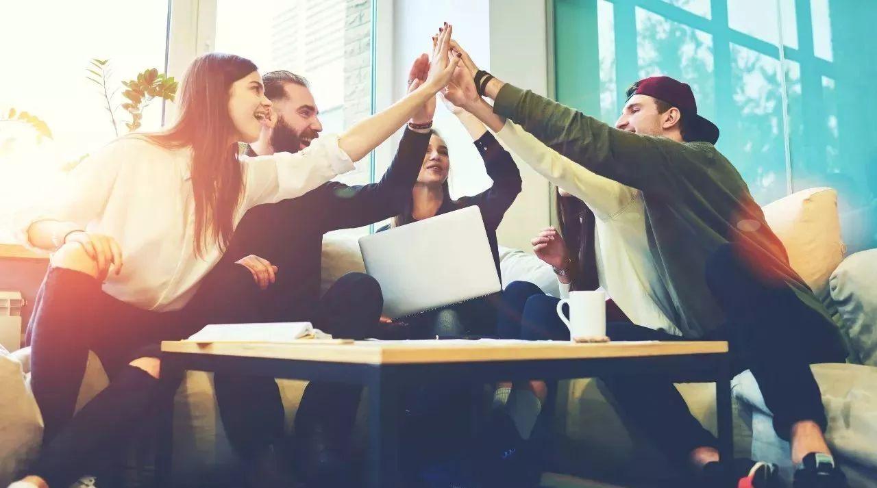 10 روش علمی برای ایجاد انگیزه بین کارمندان