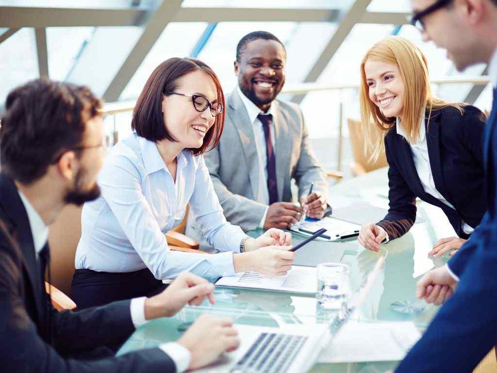 ارتباط موثر بین مدیر و کارمند