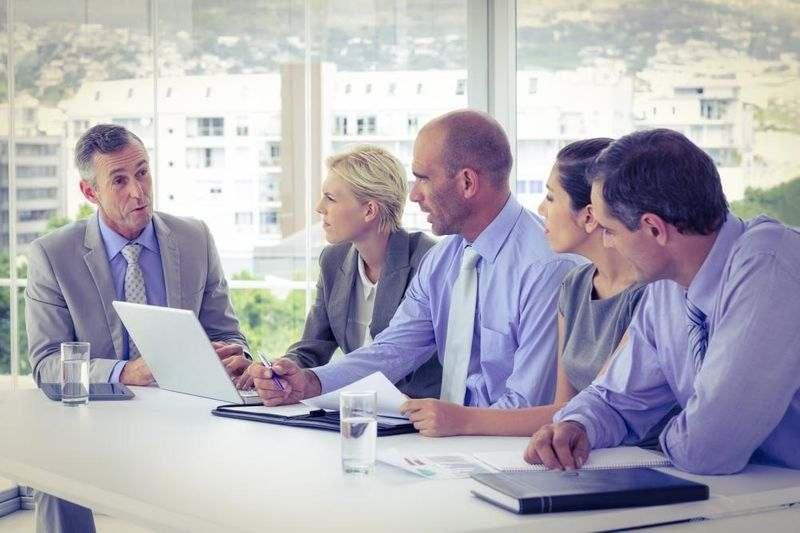 اطلاع رسانی جهت بهبود ارتباط مدیر و کارمند