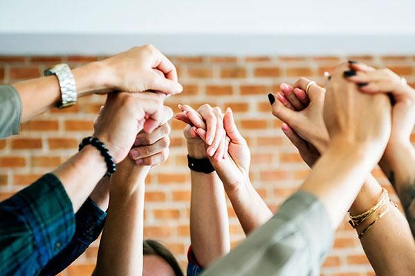 نقش رهبران در مدیریت تیم از راه دور