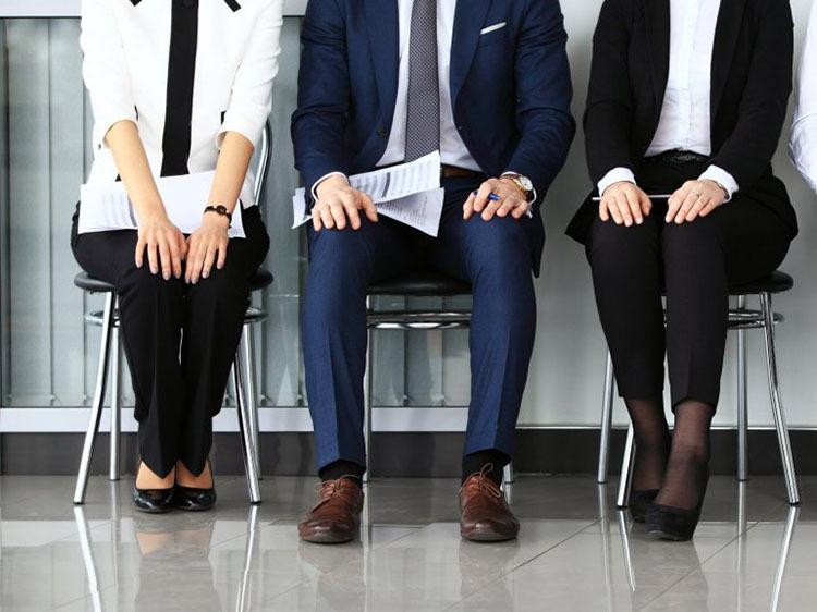 در جذب نیروی کار به تجربه کاری توجه کنیم یا استعداد