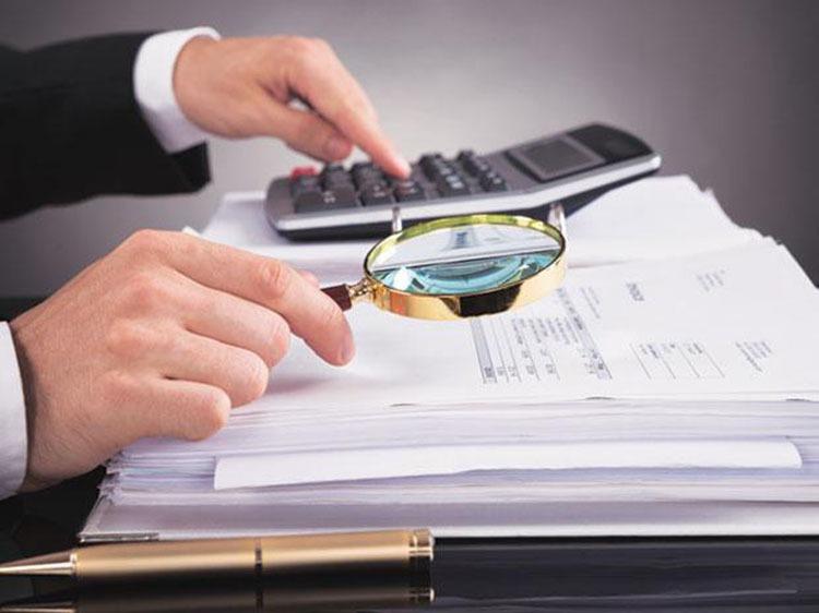 قوانین بیمه و مالیات در قراردادها